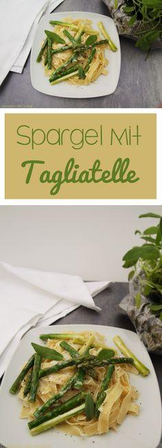 Tagliatelle mit Spargel, Salbei und Sojasahne ist genau das Richtige für die Spargelsaison und sogar für Veganer geeignet. #vegan #vegetarisch #herzhaft #spargel #salbei #soja #soße #sauce #nudeln #pasta #blog #foodblog #rezept #candbwithandrea #grünerspargel #spargelsaison #tagliatelle