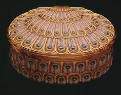 Snuffbox, Jean Ducrollay c.1744 Paris, France. Gold and enamel
