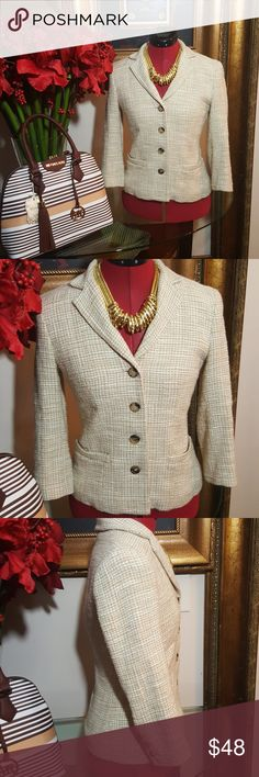 THEORY BLAZER SIZE 2 Gorgeous Cream color Theory Blazer with 4 buttons size 2 in great condition Theory Jackets & Coats Blazers