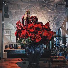 #flowerdesign #flowerdesigner #lapousse #tokyo Flower Designs, Landscape Design, Tokyo, Painting, Art, Flowers, Art Background, Landscape Designs, Painting Art