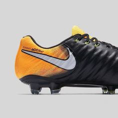 Nike News - Making the Exceptional Look Easy Nike Football Boots, Soccer Boots, Nike Soccer, Soccer Cleats, Football Soccer, Soccer News, Nike Flyknit, Footwear, Innovation