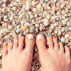 Sea Nail Designs For Toes ❤ 30+ Incredible Toe Nail Designs for Your Perfect Feet ❤ See more ideas on our blog!! #naildesignsjournal #nails #nailart #naildesigns #toes #toenails #toenaildesigns #pedicure Black Stiletto Nails, Black Stilettos, Toe Nails, Pretty Nail Designs, Toe Nail Designs, Best Armor, Beach Nails, Your Perfect, Going Crazy