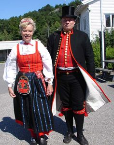 Dräkter Swedish Traditions, Folk Clothing, Theatre Costumes, Scandinavian Art, Daily Dress, Folk Costume, People Of The World, Traditional Dresses, Costume Design