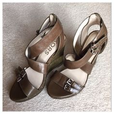 🌺Host Pick🌺  Michael Kors Sandals 🌺Host Pick Style Obsessions Party🌺 6-1 by @tinated🌺. Beautiful Michael Kors sandals.  Perfect for summer, never worn.  They are a brown/olive color Michael Kors Shoes Sandals