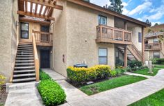 284 Tangelo is a spacious and cozy single story first level condo in the beautiful city of Irvine.