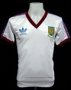 West Ham 1982 Away  (www.facebook.com/3in1football)