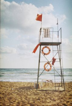 Without a care - Lifesaver stand