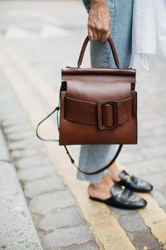 SORAYA BAKHTIAR    #lyoness   Shop now: https://www.lyoness.com/branche/shoes-bags-accessories