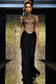 """I know its on teh entire bodice, but this decoration just above the bust would be AWESOME ;) Rami Al-Ali - Haute couture - """"The Peacock in you"""", A-H Haute Couture Dresses, Couture Mode, Style Couture, Couture Fashion, Rami Al Ali, Fashion Week, High Fashion, Fashion Show, Net Fashion"""
