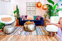100 eclectic and quirky living room decor (49)