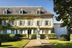 Le Choiseul in the Loire Valley, France Luxury Spa Hotels, Top Hotels, Amboise France, Country Breaks, France Country, Loire Valley, Last Minute Hotel Deals, Hotel Spa, Photos