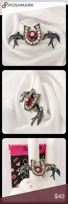 Betseyville Horseshoe Rose Swallows Double Ring Very HTF from retired collection, no longer sold in stores or online. Still attached to original tags. See photo for size. Really cute! Betsey Johnson Jewelry Rings