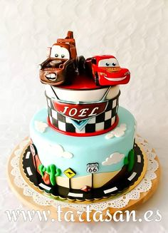 Disney Cars Cake, Disney Cars Birthday, Disney Cakes, Baby Boy Birthday, Third Birthday, 2nd Birthday Parties, Birthday Cake, Lincoln Birthday, Car Themed Parties