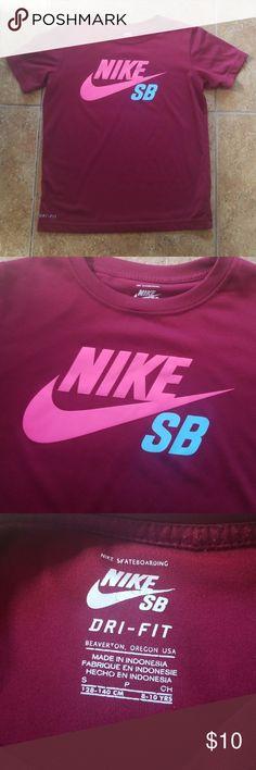 Nike SB Dri-Fit Shirt Small GUC