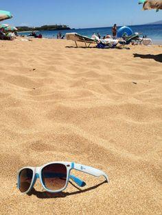 #Prezi shades on the beach in #Hawaii (Maui).