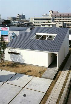 宇多津モデル   ソラマド写真集 Conceptual Architecture, Architecture Design, One Story Homes, House Landscape, Story House, Minimalist Home, Minimalism, House Plans, Home And Garden