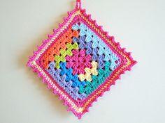 log cabin potholder by caseyplusthree, via Flickr crochet