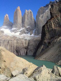 It is internationally renowned as one of the most attractive trekking destinations in the world. You may also know that thousands of tourists go there every year, and that its landscapes are some of the most impressive in the whole planet. This is why, and also because we want to tempt you a little