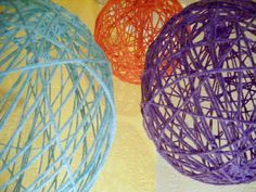 Here is my most recent DIY. I love them because they are super easy to make [once you figure out the wrapping tech. Cute Crafts, Crafts To Do, Crafts For Kids, Diy Crafts, Arts And Crafts Projects, Diy Projects, Project Ideas, Craft Ideas, Diy Yarn Globes