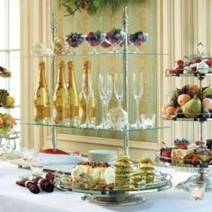 Our Entertaining Étagére is designed to resemble the grand serving displays found in European bistros and hotels.