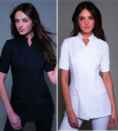 Attire The Niagara Esthetician Tunic from StyleMonarchy in White and Black. Any color will make a statement! Salon Uniform, Spa Uniform, Dental Uniforms, Work Uniforms, Cute Nursing Scrubs, Stylish Scrubs, African Wear Styles For Men, Outfit Style, Scrubs Outfit