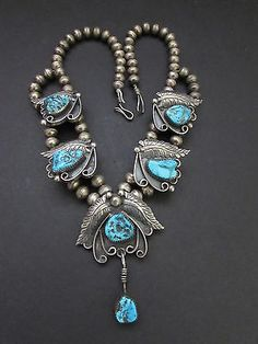 Lovely-Old-Pawn-Navajo-NEZZIE-Kingman-Turquoise-Nuggets-Squash-Blossom-Necklace