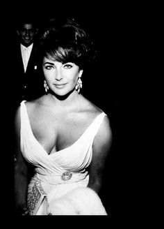 She was a true beauty...Elizabeth Taylor