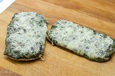 Hubovo-špenátovo teplé sendviče so syrom