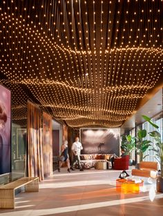 Orion Chandelier is a local Southern Californian custom manufacturer of decorative lighting, known for creating large chandeliers for commercial, hopsitality, hospitals, and public spaces. Modern Restaurant Design, Modern Office Design, Office Interior Design, Modern Offices, Office Designs, Roof Design, Cafe Design, Ceiling Design, Design Design