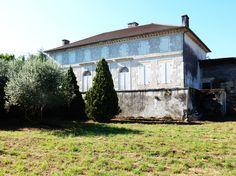 Magnifique maison de maître à restaurer de 200 m² habitable en rez-de-chaussée sur un terrain de 2800 m²... http://partirenimmobilier.fr/vente-maison-pierre-agen-sud-ref-554-914