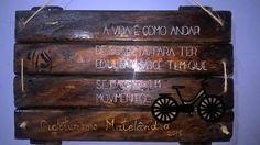 EU QUE FIZ...Estencil sobre madeira de demolição, textura e mdf aplique....quadro de decoração externa.
