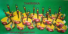 https://www.facebook.com/takriska/photos/a.235165620016852.1073741942.170677443132337/278328282367252/?type=3