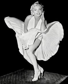 Marilyn Monroe - Dress Poster x - Expolore the best and the special ideas about Marilyn monroe Mort Marilyn Monroe, Style Marilyn Monroe, Marilyn Monroe Outfits, Fotos Marilyn Monroe, Marilyn Monroe Poster, Marilyn Monroe Wallpaper, Film Maker, Black And White Aesthetic, My Fair Lady