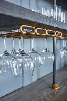 Wine Glass Shelf, Floating Glass Shelves, Glass Shelves Kitchen, Wine Glass Holder, Suspended Shelves, Floating Stairs, Kitchen Cupboards, Bodega Bar, Kitchen Designs