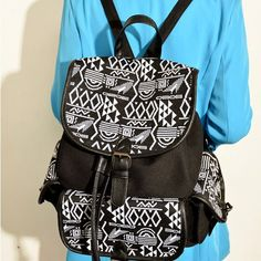 Retro Folk Fashion Embroidery Geometry Canvas Backpack