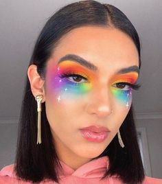 These Makeup Looks For Pride 2019 Will Color You ImpressedYou can find Carnival makeup and more on our website.These Makeup Looks For Pride 2019 Will Color You Impressed Purple Makeup Looks, Vintage Makeup Looks, Soft Makeup Looks, Burgundy Makeup, Glitter Makeup Looks, Red Lips Makeup Look, Peach Makeup, Creative Makeup Looks, Glam Makeup Look