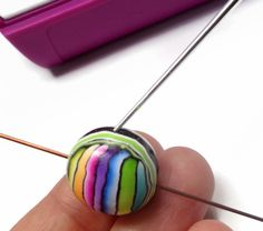 FREE TUTORIAL: polymer clay rainbow stripe earrings.