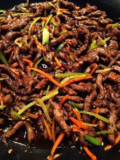 Easy Shredded Szechuan Beef Stir fry Recipe - Chinese Takeout in less than 30 mins! Healthy, yummy and gluten free. Easy Shredded Szechuan Beef Stir fry Recipe - Chinese Takeout in less than 30 mins! Healthy, yummy and gluten free. Stir Fry Recipes, Cooking Recipes, Healthy Recipes, Cooking Tips, Free Recipes, Fondue Recipes, Kabob Recipes, Cooking Steak, Wok Recipes