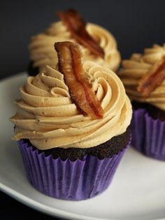 Peanut Butter Chocolate Bacon Cupcakes