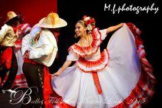 """Colima""  #dance #mexicandance #balletfolklorico #folklorico #soymexicolindo #beauty #passion"