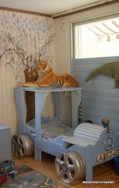 Toddler Bed Idea - This is such a cute idea for a little boy's room!