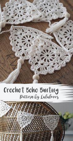 Crochet Pattern: Boho Bunting Related Posts:Urban Gypsy Boho Bag – Free Crochet PatternBoho Tank Top pattern by Breann MauldinUrban Nomad Boho Bag – Free Crochet PatternEasy Crochet Boho Circle Purse Pattern – Free…Crochet Bunting Pattern Blog Crochet, Crochet Diy, Crochet Home, Crochet Gifts, Crochet Ideas, Crochet Tutorials, Diy Crochet Garland, Hat Crochet, Crochet Afghans