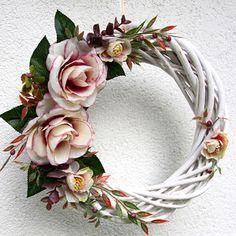 White Wreath, Diy Wreath, Door Wreaths, Grapevine Wreath, Floral Wreath, Shabby Chic Wreath, Summer Wreath, Grape Vines, Simple