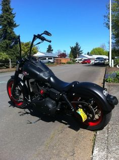 blacked out street bobs   Pic's of Blacked out Street Bob's please?? - Page 6 - Harley Davidson ... #harleyddavidsonstreet