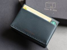 Mens leather wallet by marc & jony   - Dakota leather(La Perla Azzurra Company, Tuscany, Italy) - Handswen by marc & jony - Hold Maximum 10 cards and some bills. - Size: 6.3cm x 9cm x 1.5 (little bit bigger than credit card)    - About Dakota leather Dakota leather is well know as BMW seat material, built for comfort and durability. It is also elastic and known for its soft feeling especially when you grab hold of it. Despite the use of exclusive material, they still managed to keep the…