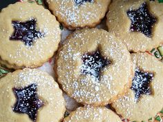 What's Cookin' Italian Style Cuisine: Italian Raspberry Jam Filled Shortbread Cookies