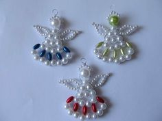 Beaded Christmas Ornaments, Christmas Snowflakes, Christmas Jewelry, Christmas Crafts, Safety Pin Crafts, Beaded Angels, Diy Jewelry Projects, Angel Crafts, Beaded Crafts