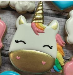 still lovin' on this sweet cookie 🦄 is it weird that my fav part is the lil nostrils? i feel like that's such a strange thing to say. Fancy Cookies, Sweet Cookies, Cute Cookies, Royal Icing Cookies, Cupcake Cookies, Sugar Cookies, Bolo Original, Unicorn Cookies, Iced Biscuits
