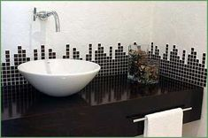 Decoração de Banheiros Pequenos, Estreitos e Simples