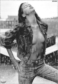 Adriana Lima for Armani Jeans Adriana Lima, Actress Wallpaper, Fall Jeans, Rio Grande Do Sul, Victoria Secret Angels, Victorias Secret Models, Armani Jeans, Black And White Pictures, Role Models